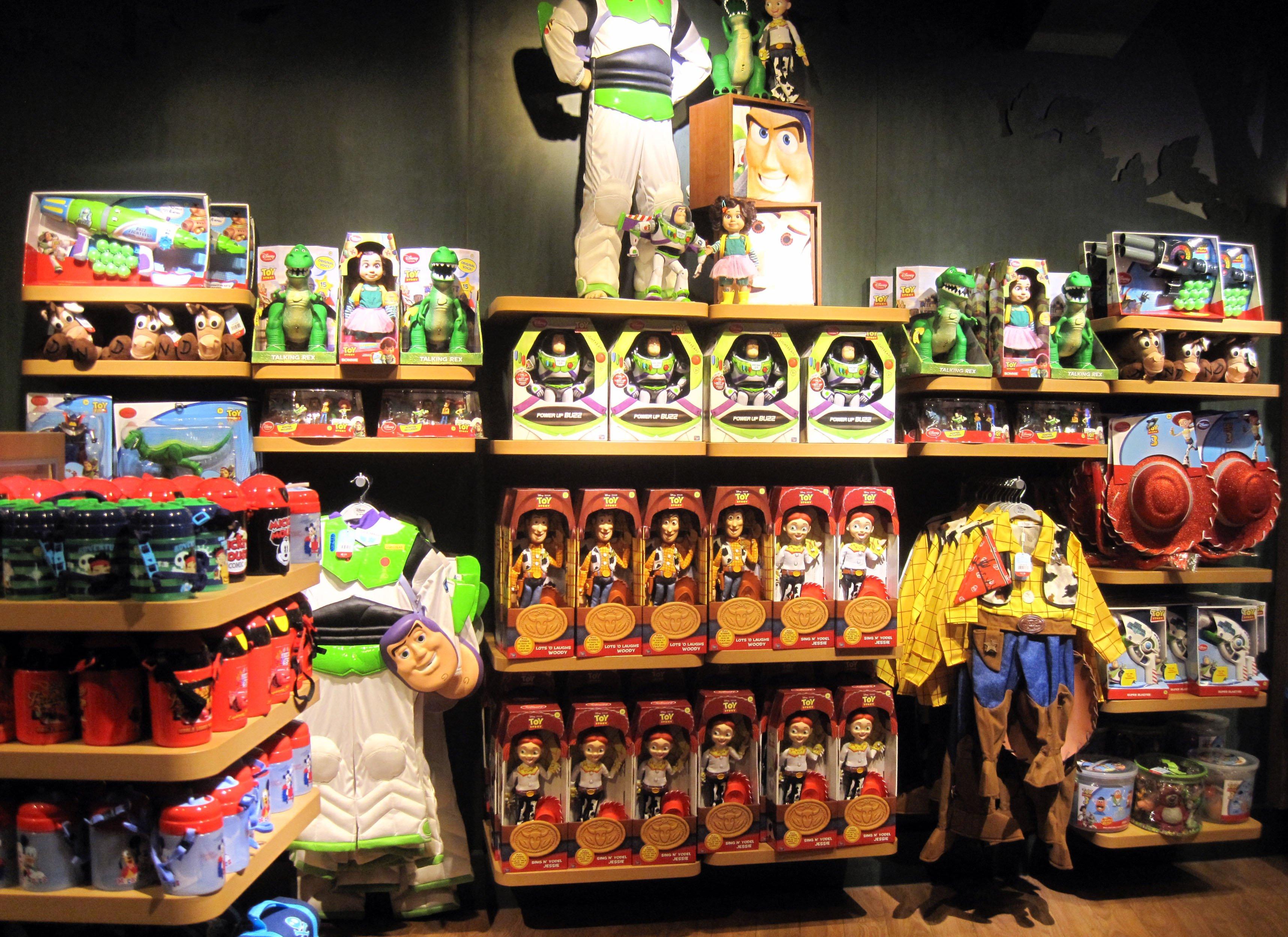 Disney Store Toys : Galleries ispira