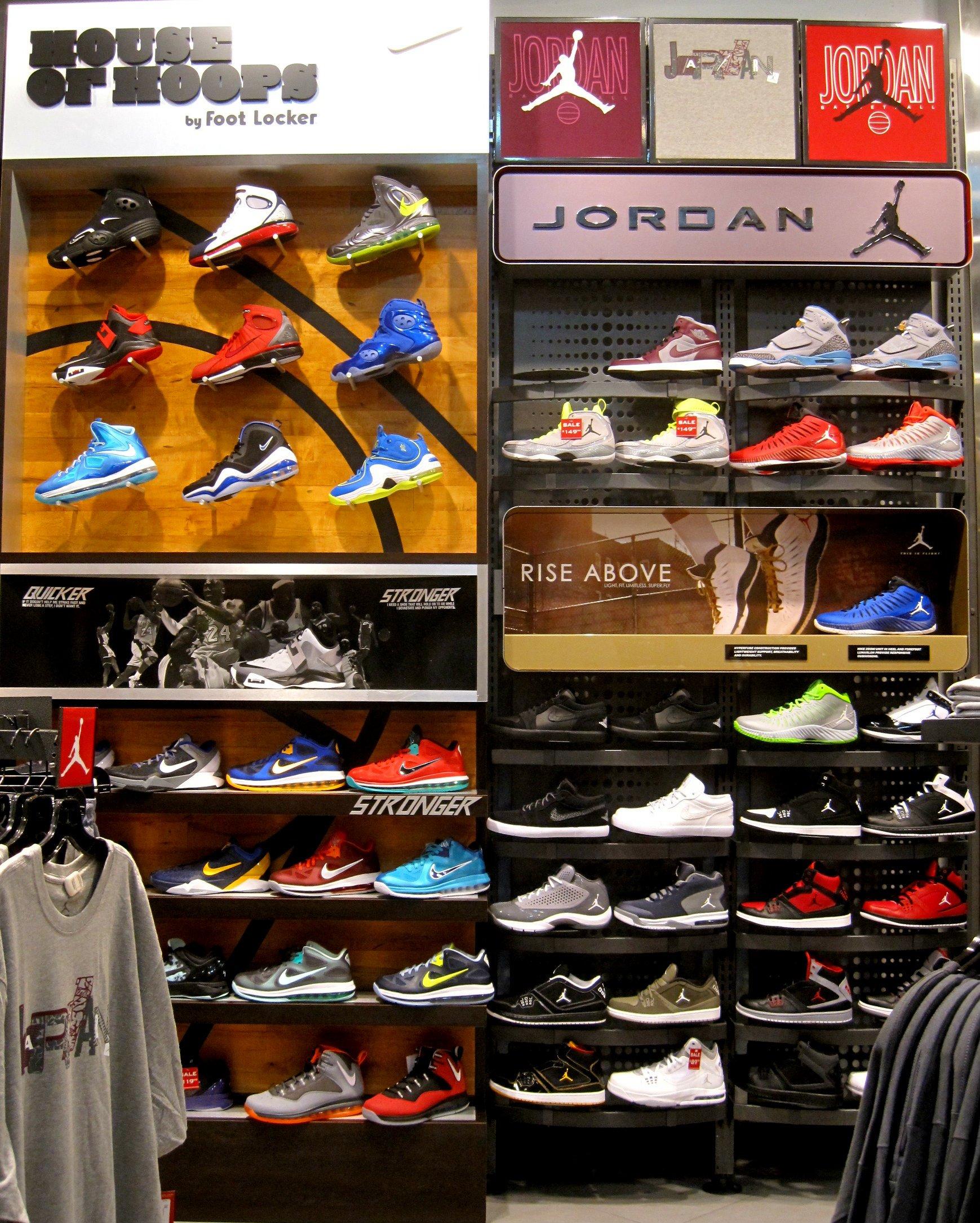 b6407776f8393f Foot Locker Jordan Shirt